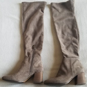 Vince Camuto Foxy Kantha Over Knee Boots (Sz 7.5M)